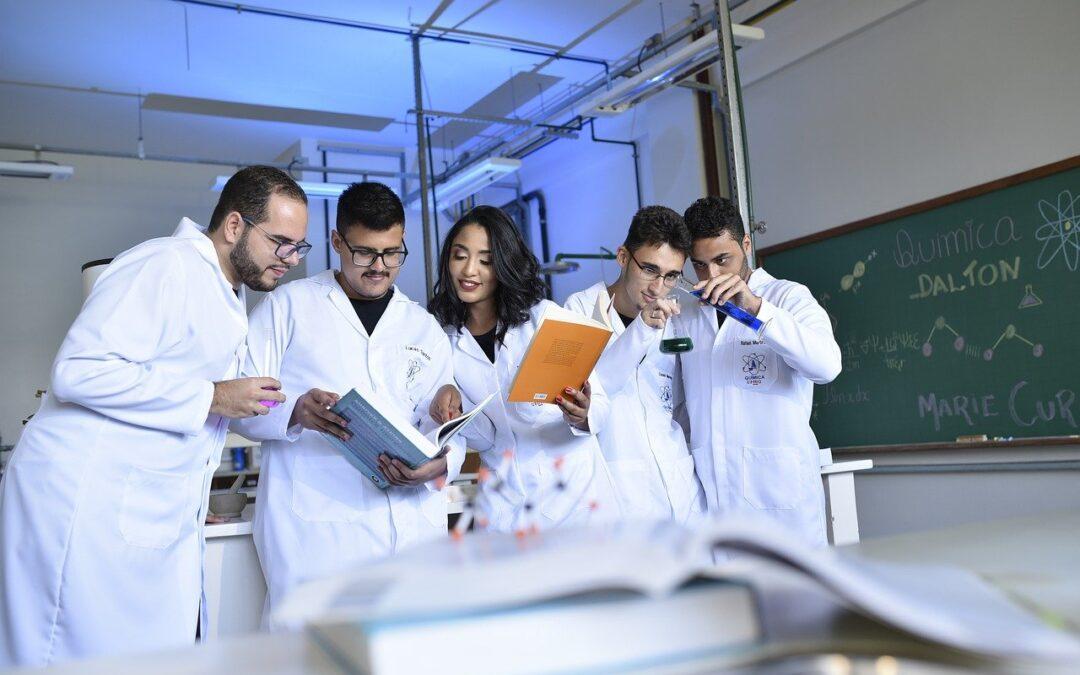 Esterotipos en la educación científica: ¿Mito o realidad?